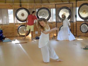 Deniz dancing