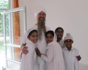 Guru Dharam Foto s detmi